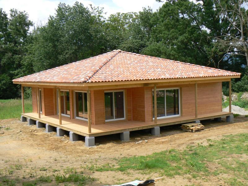 maison en bois sur pilotis beton ventana blog. Black Bedroom Furniture Sets. Home Design Ideas